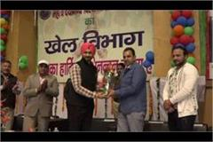 sports minister sandeep singh s warning to trainers