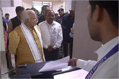 cm khattar suddenly arrives at the dumping site the company fined 25 lakh