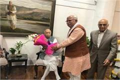 lk advani s 92nd birthday cm khattar congratulated on reaching home