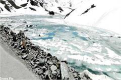 cold wave in himachal lake and drinking water source freeze