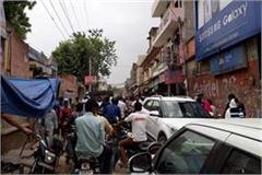 encroachment shopkeepers roads days traffic jam highway