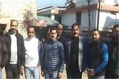 fury among shopkeepers over gst slab hamirpur trade board opened front