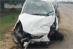 dead in car and truck collision