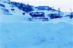 kullu snowfall roads electricity drinking water affected