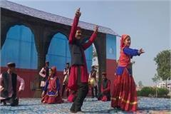 jaunsari dance of uttarakhand is very pleasing to the people