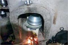 police raid on liquor furnace