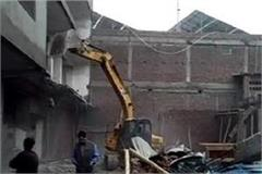 yellow paws of administration run on illegal constructions in ballabhgarh