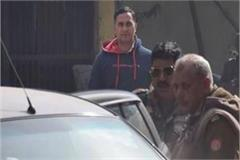 raju gupta assassination surveillance sub inspector anuj sirohi surrenders