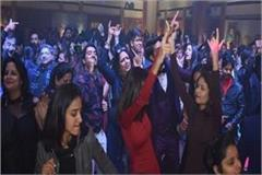 agra police held alert for the new year s celebration