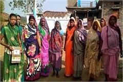unique initiative of women power rose gang for alcoholism in the village