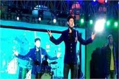 punjabi singer jasbir jassi gave the tremendous performance