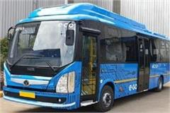 electric bus races on city roads