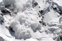5 vehicles buried in glacier in spiti