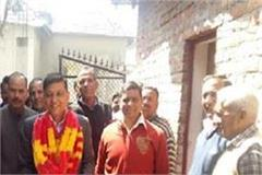 rajendra rana meets workers to get ticket in lok sabha election
