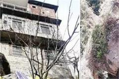 manali at risk of landslides in the village houses