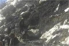 heavy landslide in malana village of kullu