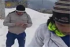 pilgrims arriving here in 5 feet of snow