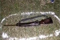 police arrested 4 badmashs in etawah encounter 1 injured by bullet