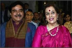 shatrughan sinha s wife can contest elections on sp s ticket from lucknow