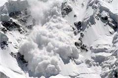 glacier fall on the manali rohtang road atmosphere of fear in the villagers