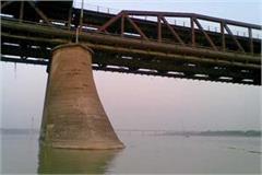 pawata sahib yamuna bridge yuvak