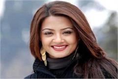 bollywood actress surwin chawla problems increased