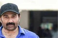 bollywood actress sunny deol arrived in manali