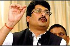pratapgarh kunda s bahubali raja bhaiya detained