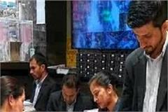 crowd of customers in bhushan jewellers