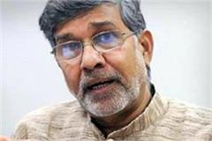 kailash satyarthi says people like sadhvi are killing gandhiji s soul