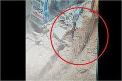 incident of pressed worker in land captured in cctv
