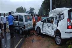 3 people killed in a collision between innova and van