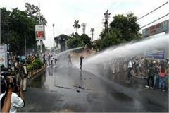 police chased down nsui workers surrounded police station