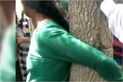 etah women beaten by people on suspicion of child theft