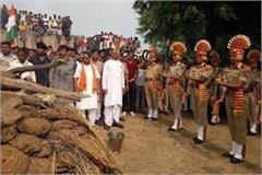 mass gathering at the funeral of martyr sunil bhardwaj in panipat