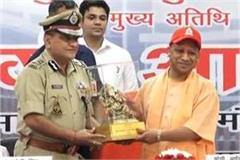 police should be a part of the process of providing justice to the victim yogi