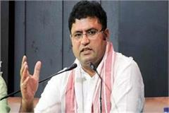 ashok tanwar gave a statement on the events of kumari selja and hooda