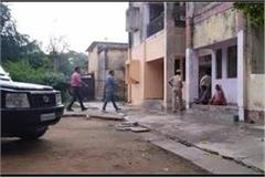 not even police safe in up thieves robbed deputy sp s house