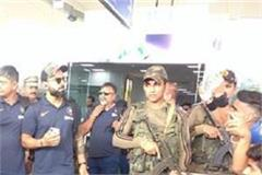 team india reached virat kohli led by gagal airport
