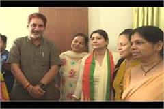 former mp kailasho saini joins bjp yogeshwar dutt meets barala