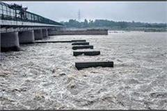 ganga and yamuna once again buried in prayagraj