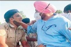 mp and minister climb barricades on punjab haryana border