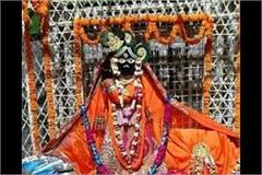 number of devotees increased for banke bihari darshan in vrindavan
