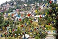 hotel of dharamshala empty even after 50 percent discount