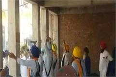 clash betweem sgpc and sikh force