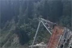potato truck overturns near atal tunnel narrowly escapes