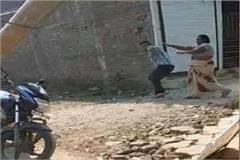 villagers pelted stones at electricity workers