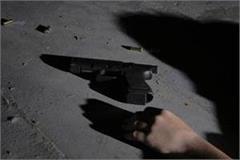constable posted under rajya sabha mp anil agarwa shot himself