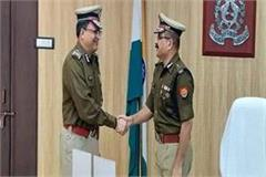 senior ips dk thakur assumes the post of lucknow police commissioner
