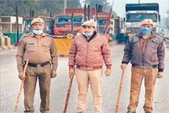 farmers protest police scrambling toll plazas no ruckus